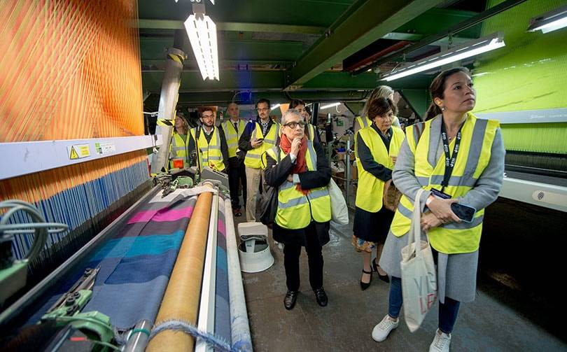Global leaders from MIT visit Hainsworth's mill in Leeds