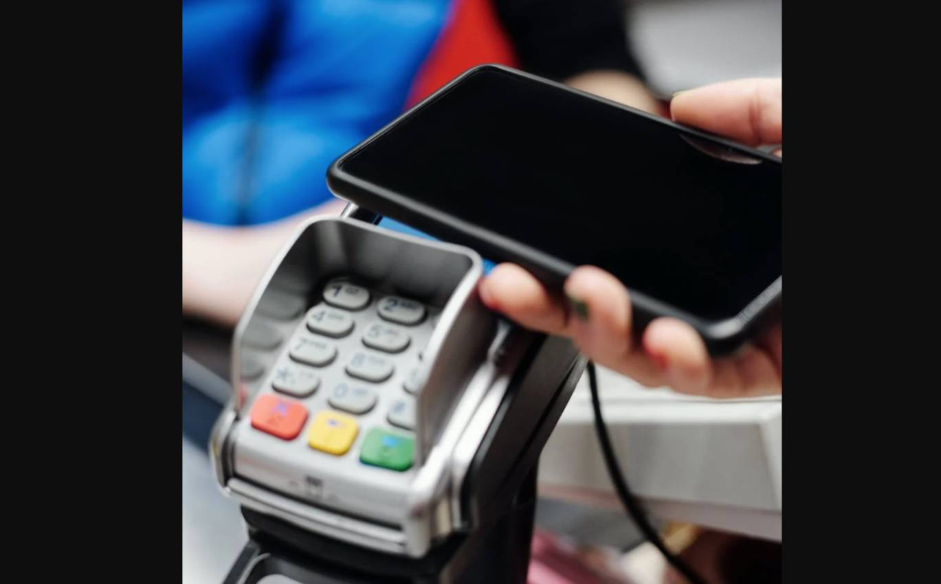 Foot Locker links with FreedomPay for contactless payment in US stores
