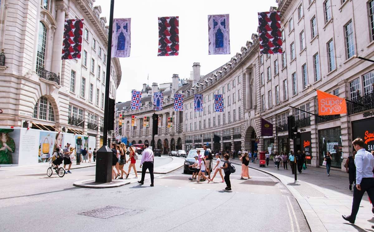 UK retail sales continue to improve in September