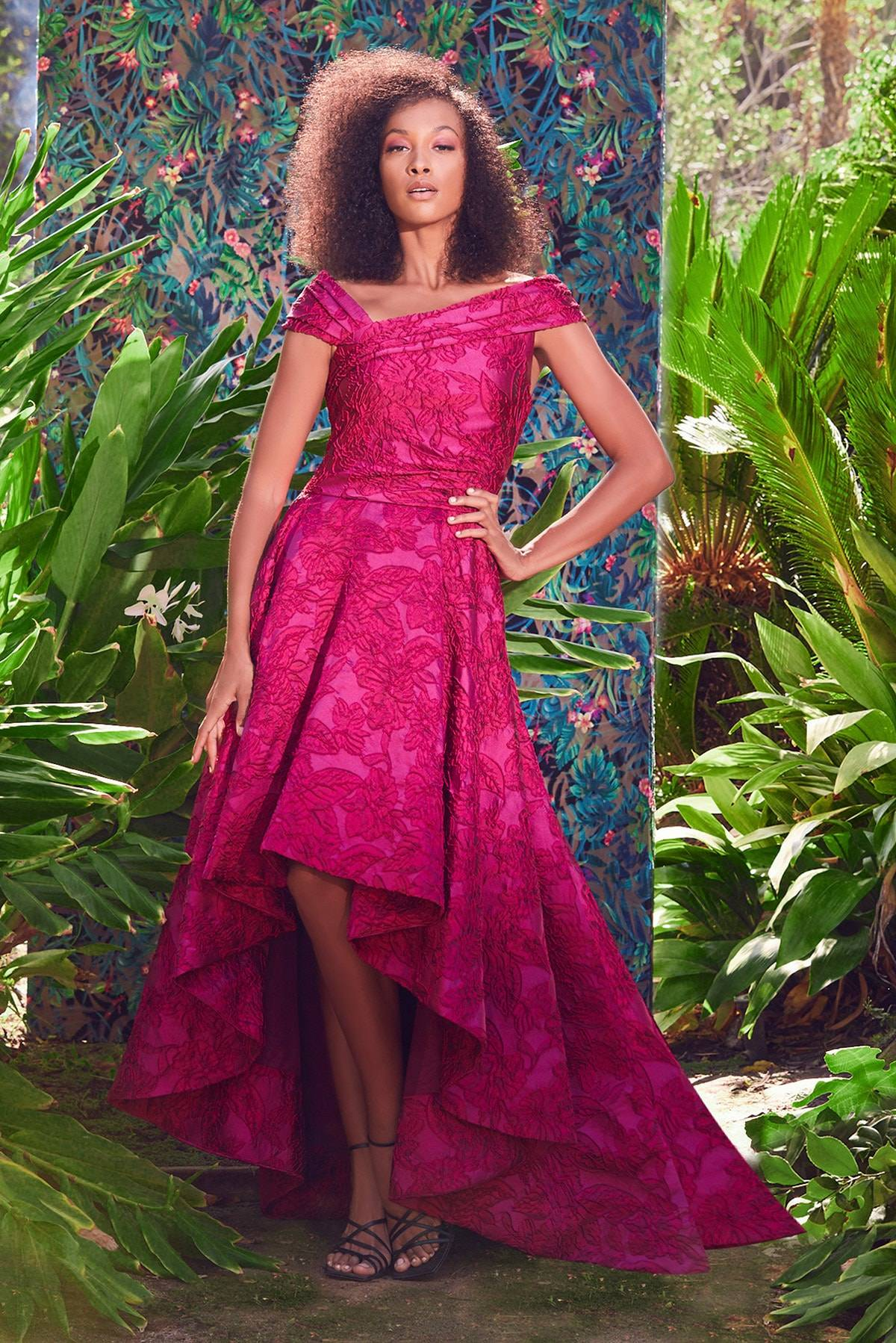 Spotted on the catwalk: Orchid Flower 2022 color of the year