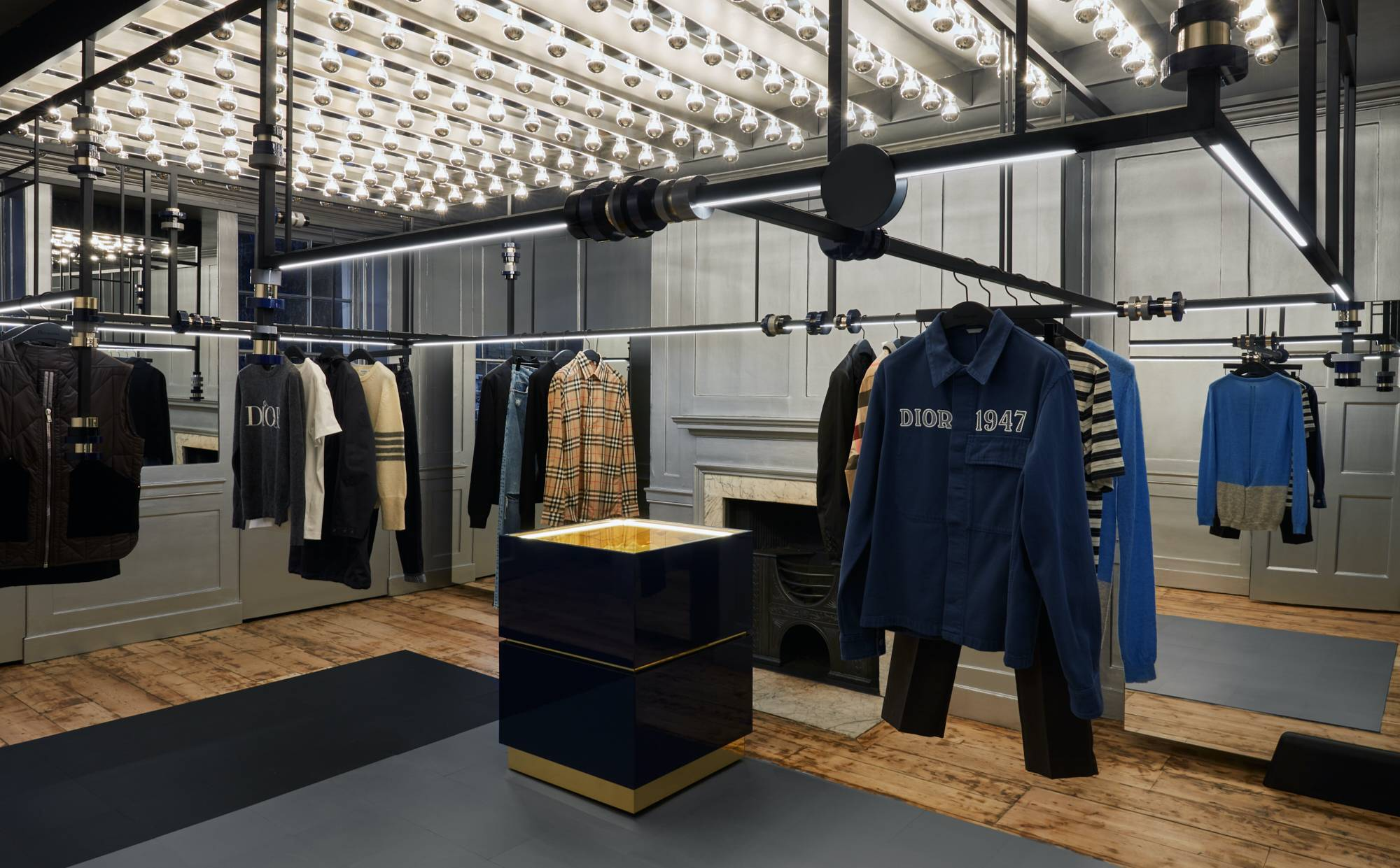 Browns unveil new Mayfair flagship store