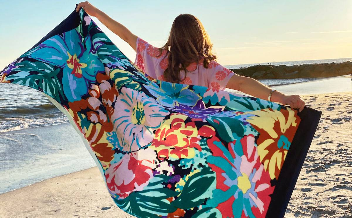 Vera Bradley announces drop in Q4 sales and earnings