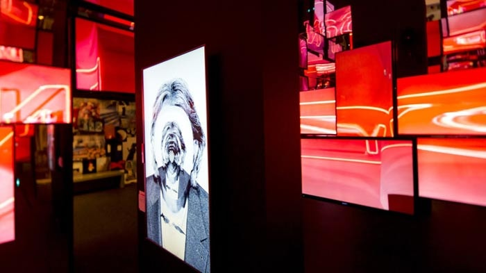 'Hello, my name is Paul Smith' attracts record number of visitors in Belgium