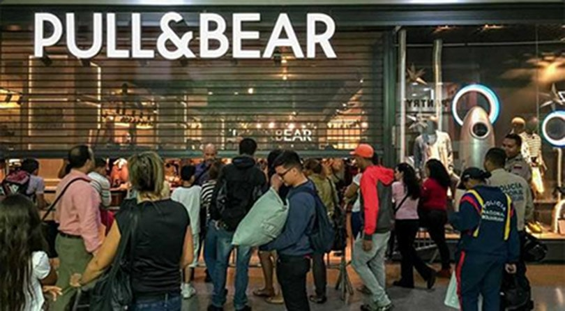 The latest Pull and Bear sale is now on. Save now with all of our exclusive discounts, voucher codes and promotions in a range of different styles all at Pull and Bear.