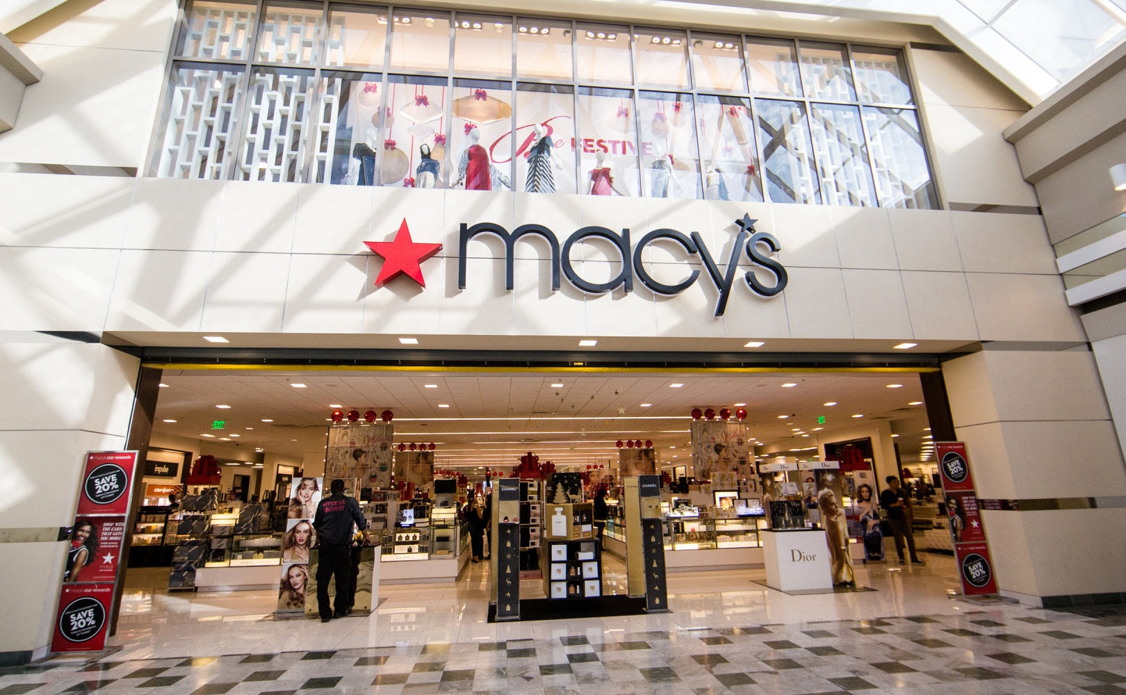 Shuttering Retailers Stores The Most : Macy s shuttering to stores