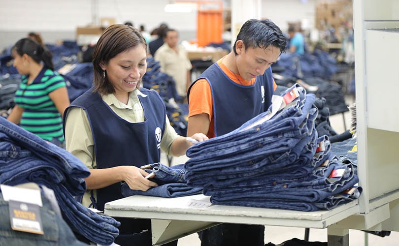 VF Corp revenues flat in Q1, reaffirms outlook