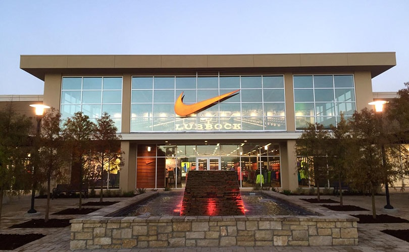 19651b5e370f14 Nike reshuffles top management teams