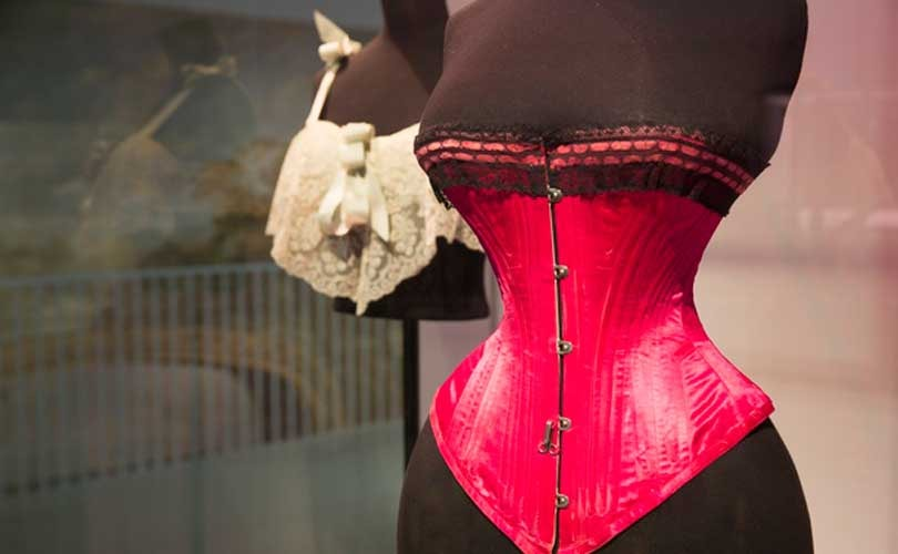 Victoria and Albert opens 'Undressed' fashion exhibition