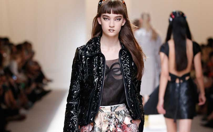 Fendi flashes glitter-lipped vision of summer at MFW