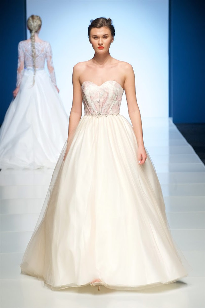In Pictures Bridal 2018 Collections At Show White Gallery