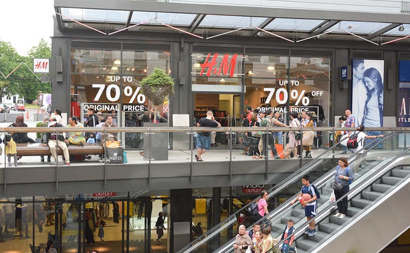 37a718e13b4203 London Designer Outlet reports on  Sunny Summer  trading