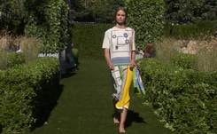 Tory Burch finds English joy to soothe troubled times at New York Fashion Week