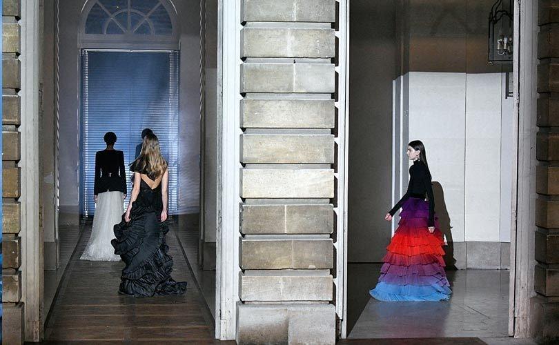 Paris Haute Couture week: Maison Margiela en Givenchy maken indruk
