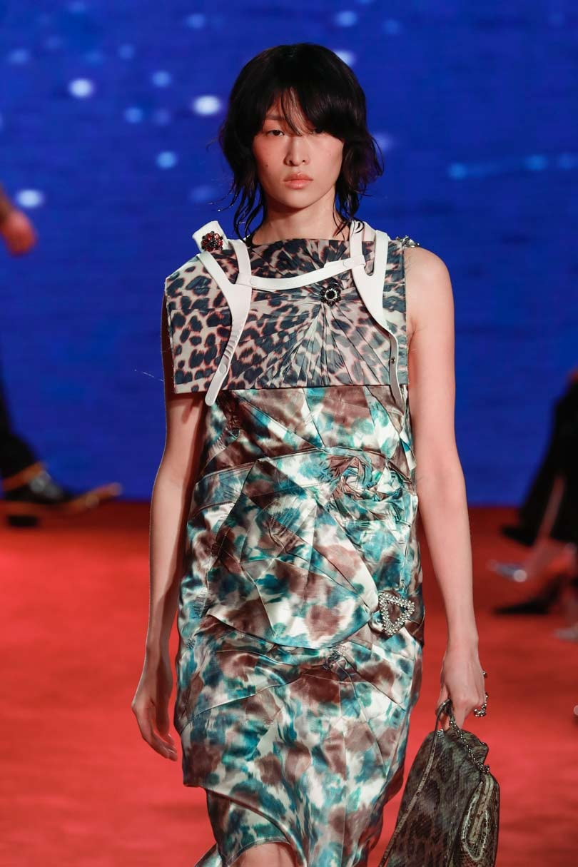 Calvin Klein puts 'Jaws' bite into NY Fashion Week