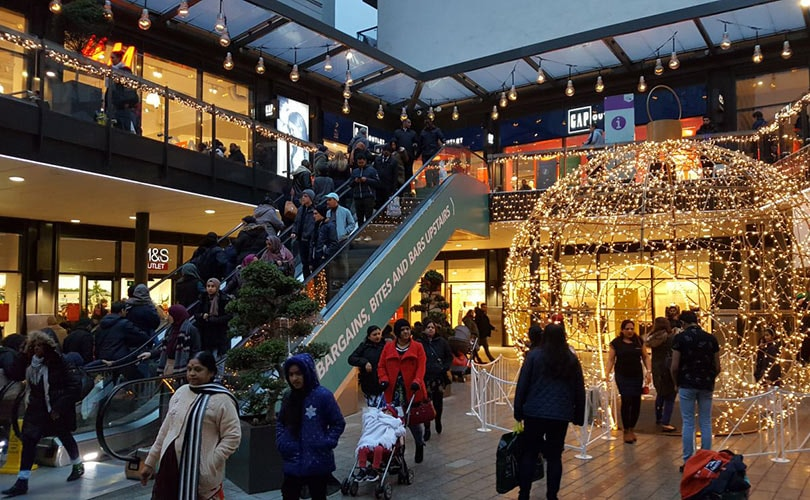 694d723ae0011f London Designer Outlet posts 2 percent sales growth over Christmas