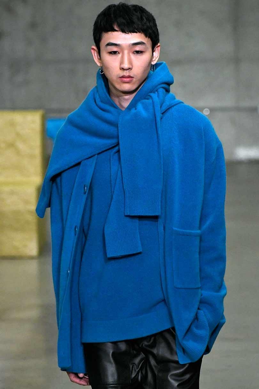 Color galaxy blue encontrado en la pasarela de moda de New York Fashion Week