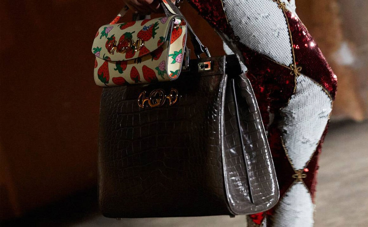 Gucci opens call centres to bolster digital service