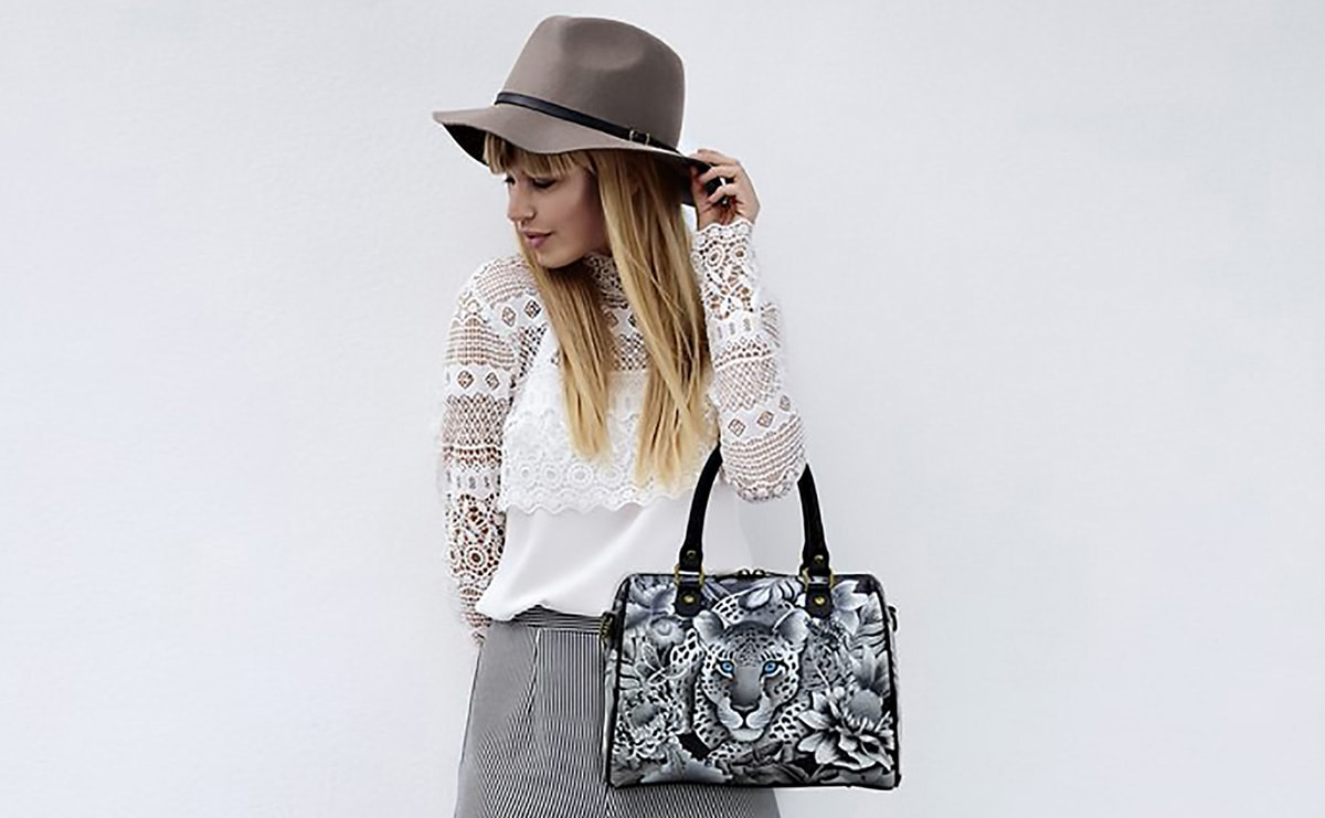 Anuschka to sell handbag and footwear lines through HSN
