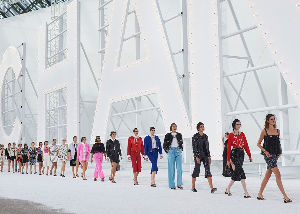 Chanel channels old Hollywood glamour for SS21 show